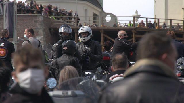 Motocykliści na Jasnej Górze