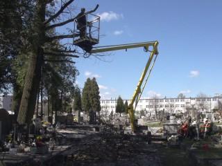 Prace remontowe na cmentarzu Kule